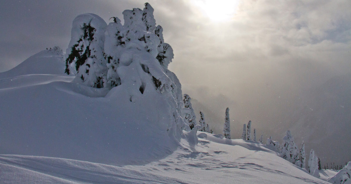 winter backpacking, snow camping, snowshoeing, north cascades