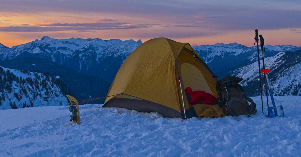 snowcamp in the Cascade Mountains