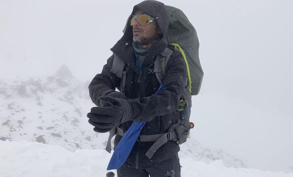 winter backpacking gloves